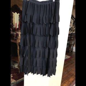 Dresses & Skirts - Black dressy skirt